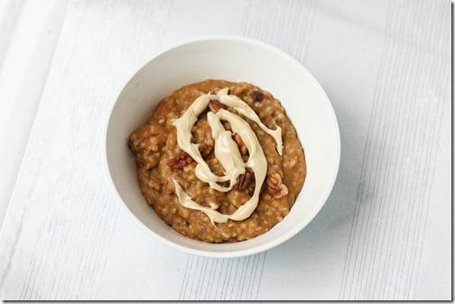 cran apple pumpkin oats with cashew butter