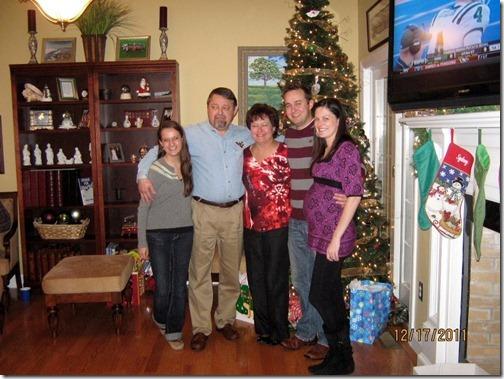 family christmas tree photo