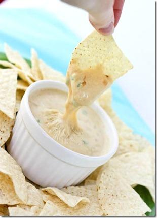 moe's queso dip