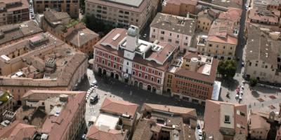 foto aerea città di Terni