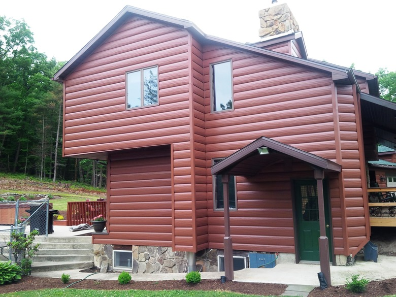 Steel Log Siding Cost Pros And Cons Roi And More Siding Cost