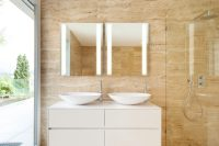 SIDLER - Sidelight Mirrored Bathroom Medicine Cabinet