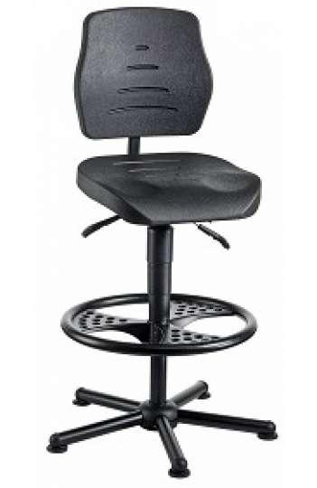 chaise atelier polyurethane noir pour personne forte maxi 150 kgs sur patins avec repose pieds fr3 ref 01081 chaise pour personne forte chaise
