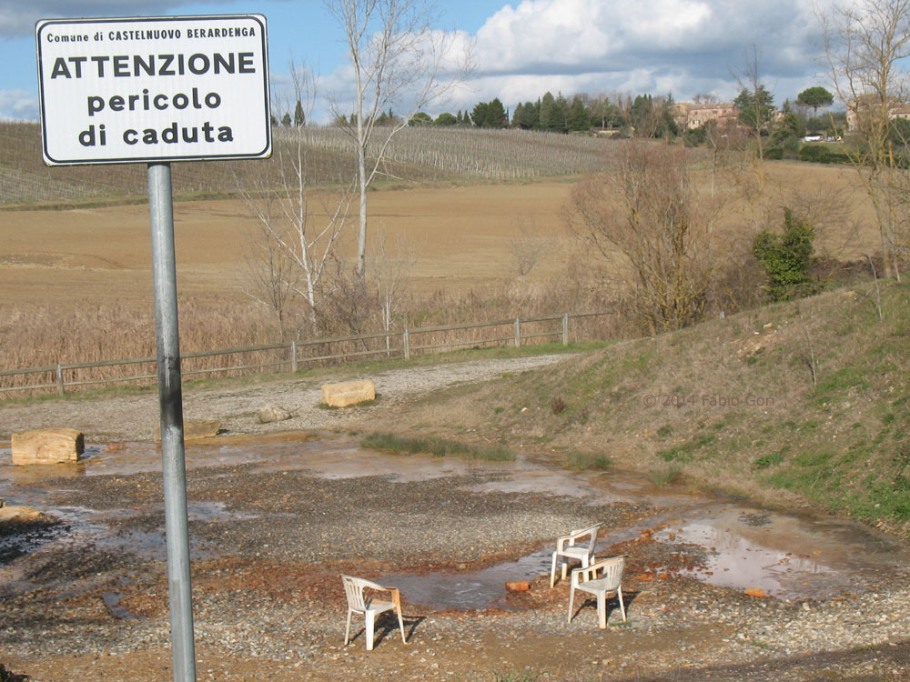 Siena le terme libere dell Acqua Borra a Montaperti