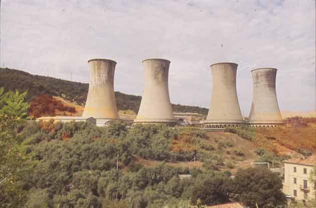 Larderello i soffioni boraciferi e lenergia geotermica