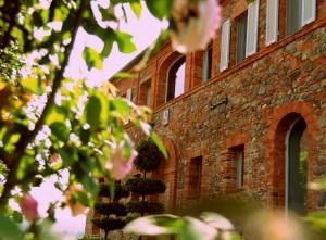 Lovely old Tuscany outside,
