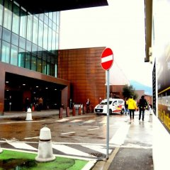 Florence Airport: great for car rental collection.