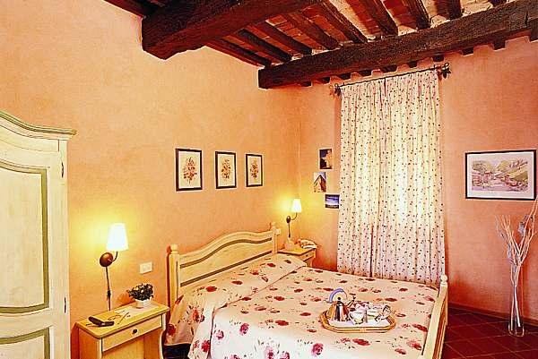 Siena Residence Borgo Tre Rose holiday apartments