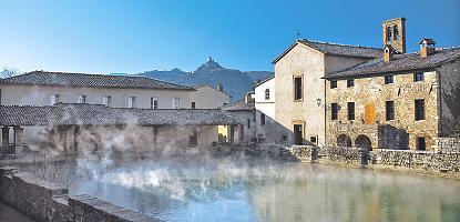 Bagno Vignoni  le acque termali  by Siena OnLine