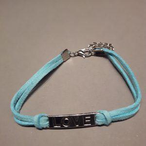 Love armbandje blauw