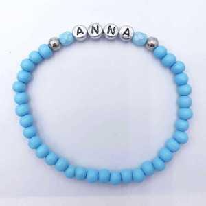 Armband Katie met naam naar keuze aqua