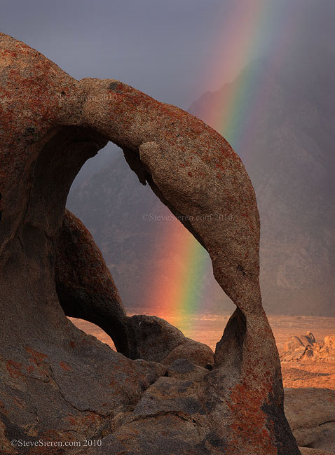 Cyclops Arch - Alabama Hills, recently in the last couple of years it's becoming a very popular arch.