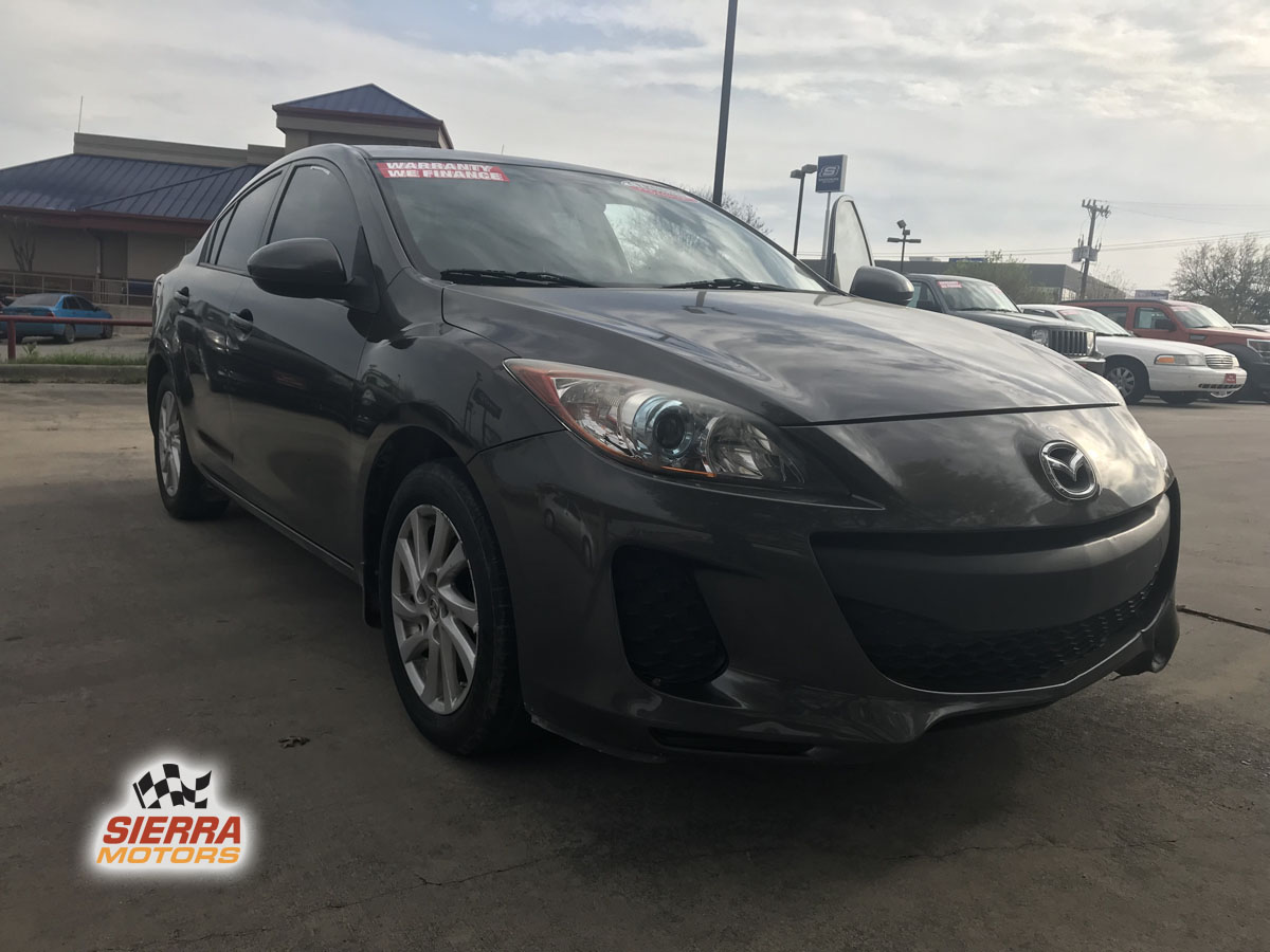 Hatchback Mazda 2015 3 Silver