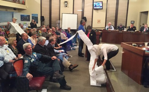 Benicians for a Safe and Healthy Community presented the city council with a petition signed by over 4,000 people who are opposed to Valero's oil train project.