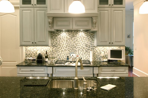 Grey Kitchen Cabinets with Backsplash Ideas