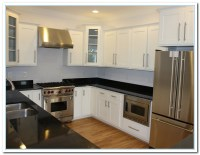 Applying Shaker Cabinets Kitchen for Functional Design ...