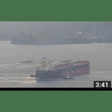 VLCC atracando no TEBAR São Sebastião