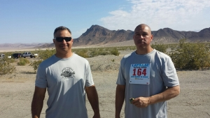 (l-r) Eastern Sierra Baker to Vegas team captain Eric Pritchard (Inyo County Sheriff Deputy) and MLPD officer Ruben Ramos just before Ruben's run.