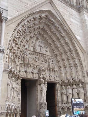 Notre-Dame Portál
