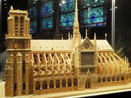 Notre-Dame maketa