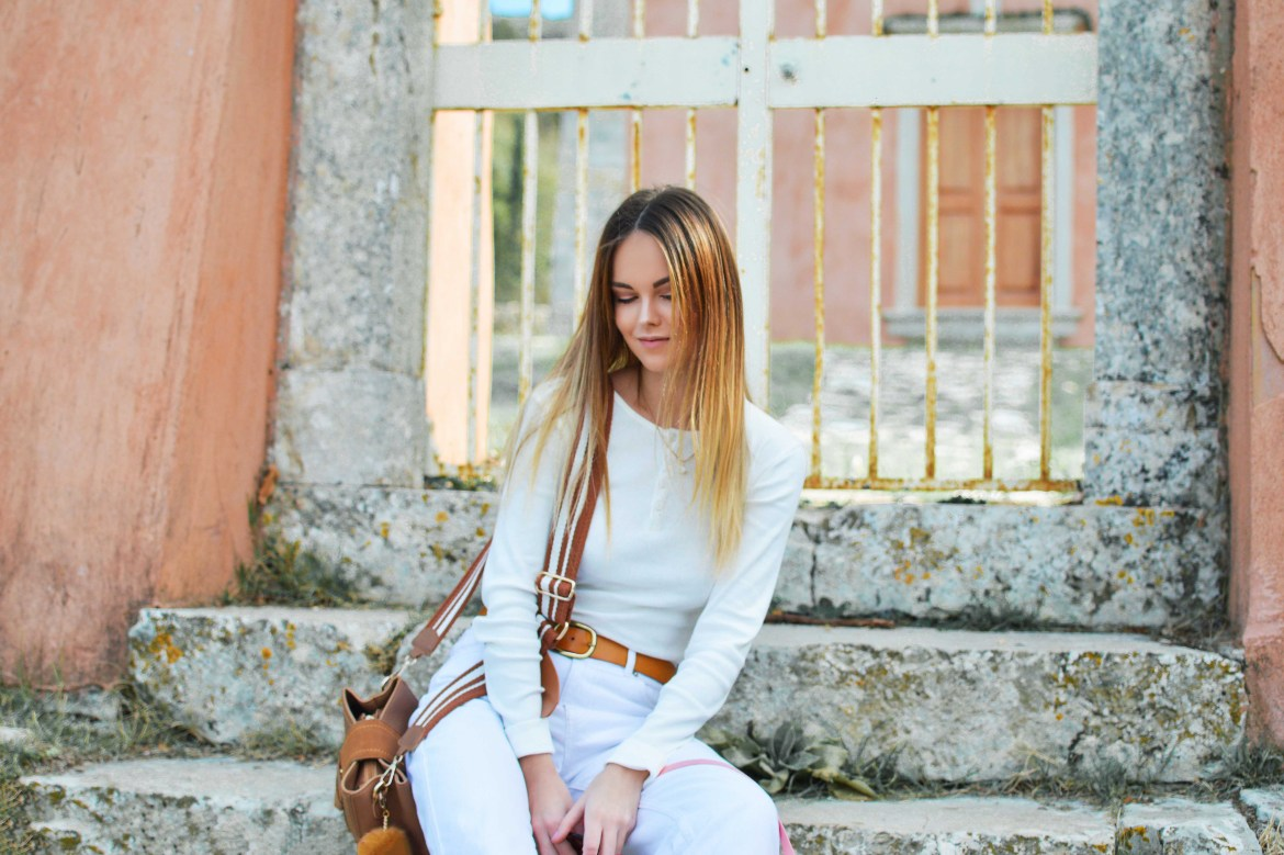 White Business Work Outfit Ideas for Women