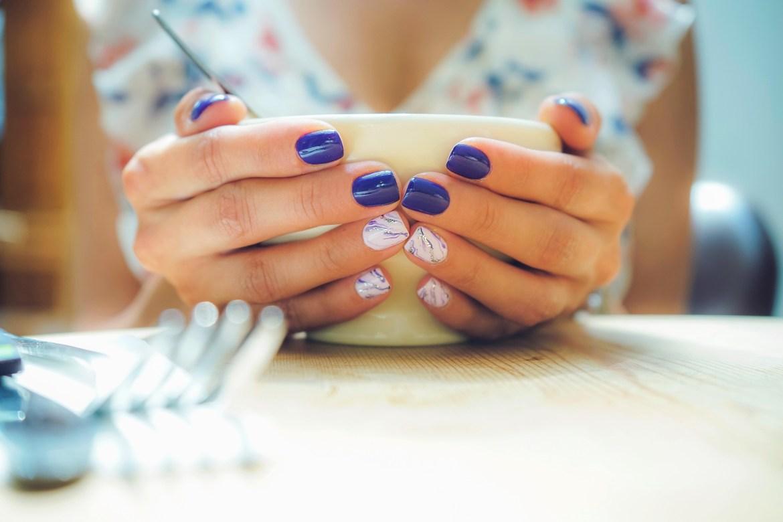 metallic blue manicure