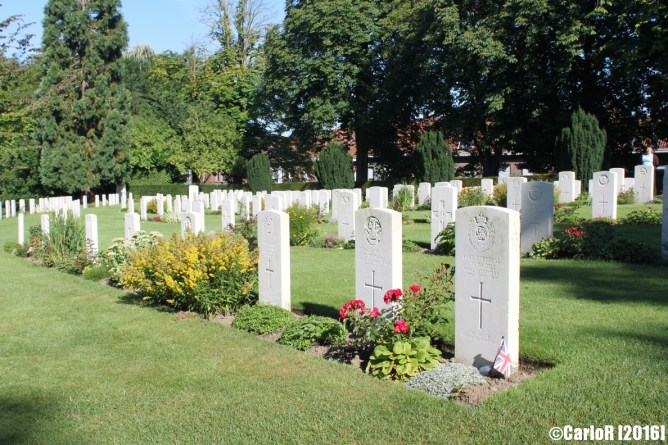 Yrpes Cemeteries WWI