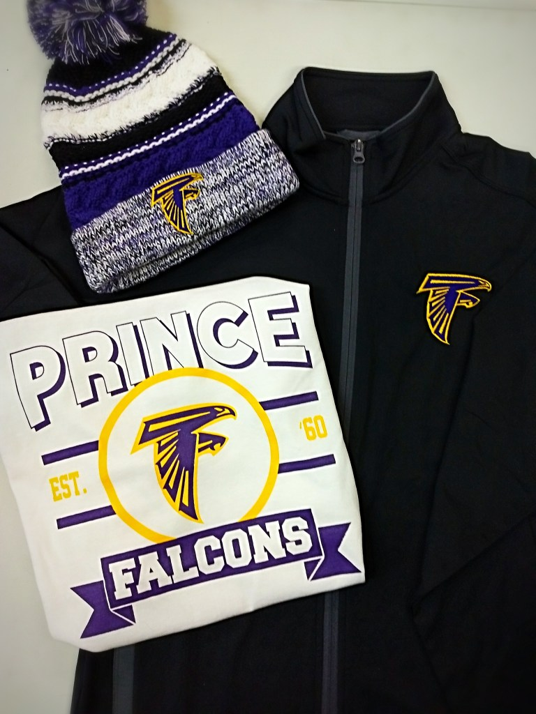 Prince Tech Full Zip and Pom Close up 11_17