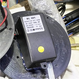 BL 610 Air Pump AC 220V/50Hz Air Output: 1.2L/min. Pressure: 15 kpa IPX4 CE Size: 42mm x 87mm x 34mm
