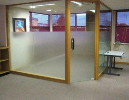 25-885-window-film-slough