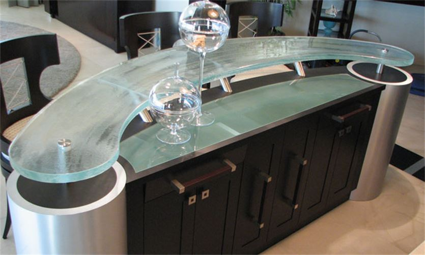 Wet Bar  Curved  Counter Tops  Signature Art Glass by Design  Orlando Custom Artistic Creations