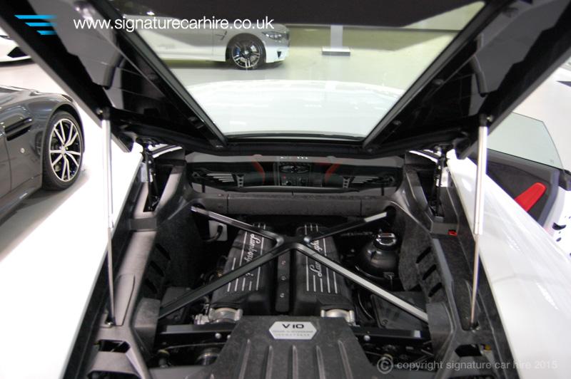 Lamborghini Hurac N Lp 610 4 From Signature Car Hire Rent Now