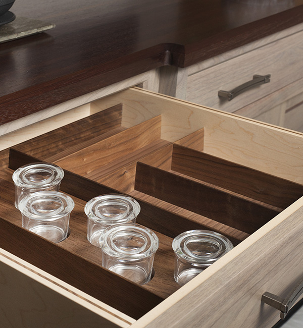 Organization  Signature Custom Cabinetry