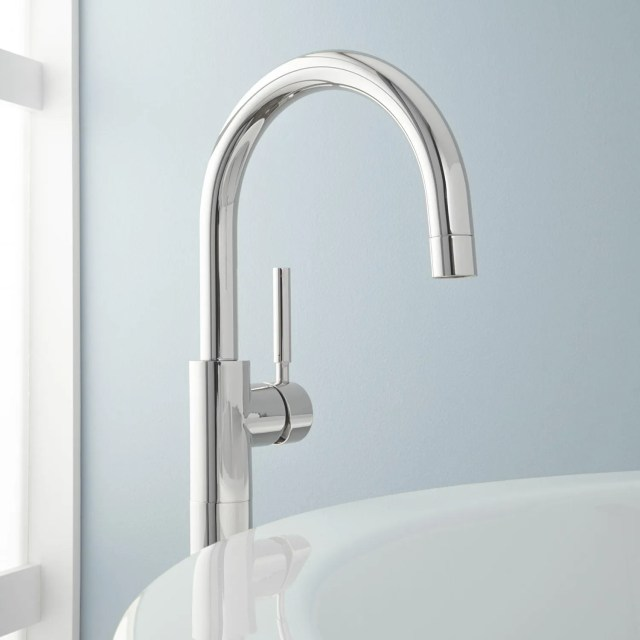 Contemporary Gooseneck Bathroom Faucet