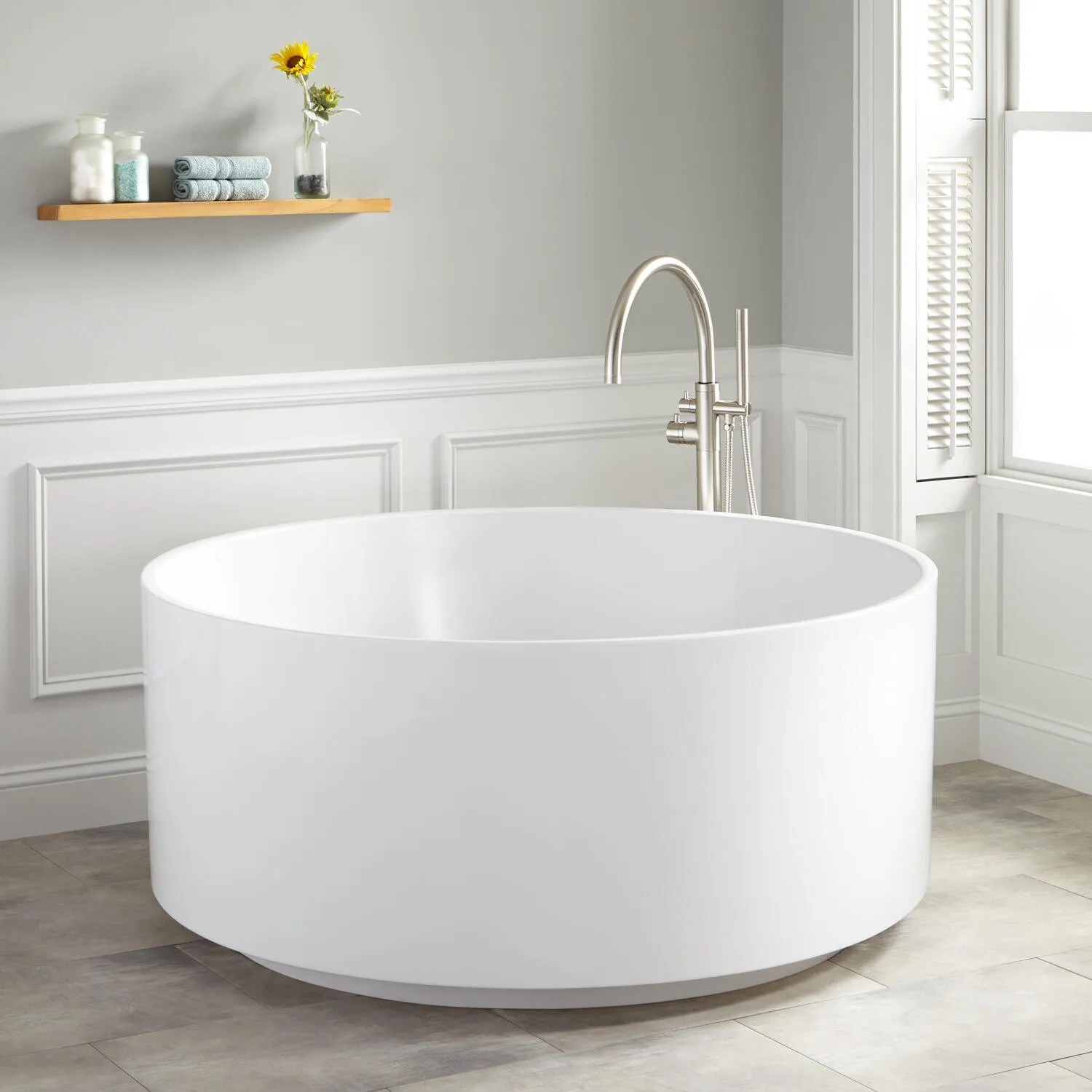 55 Dempsey Round Acrylic Freestanding Tub  Bathroom