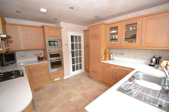 Kitchen Makeover - The Chase 2