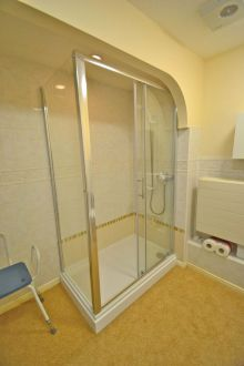 Retirement Flat - Shower Installation - Gresham Court 2