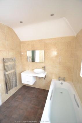 Beautiful Minimalistic Fitted Bathroom - Marlpit Lane 2