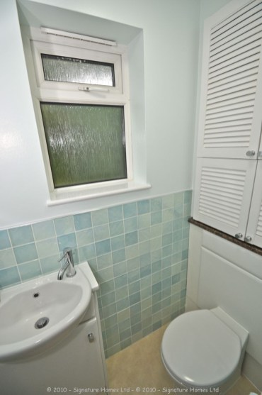 Cloakroom Refurbishment Rushmead Close Croydon 3