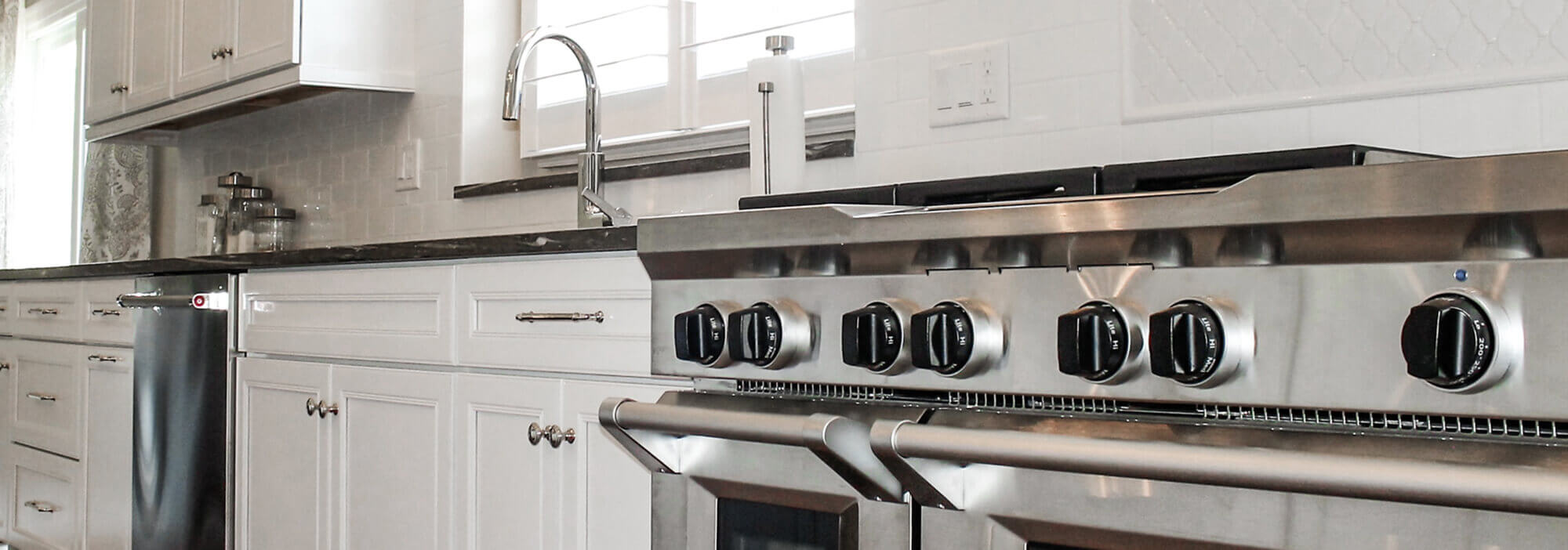 kitchen pulls counters lowes cabinet knobs hardware