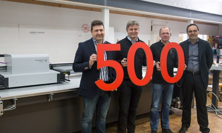 SwissQprint celebrate sale of its 500th printer