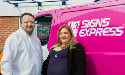 Signs Express opens in Swindon