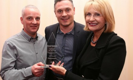 Metamark receives Fastsigns' Supplier Of The Year Award