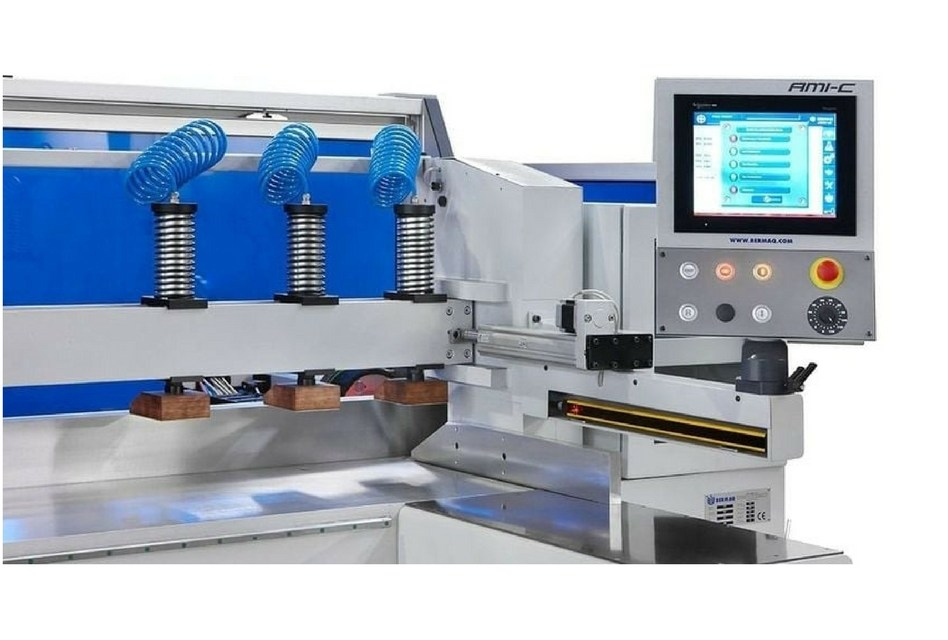 Wrights Plastics GPX acquires a fully automated polisher