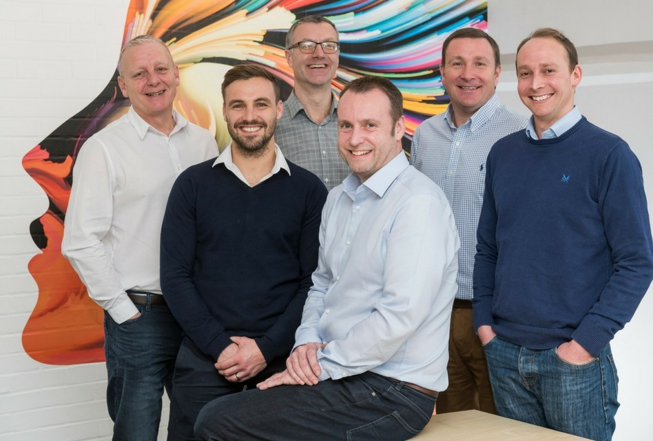 Signs Express concludes a record-breaking year with an MBO