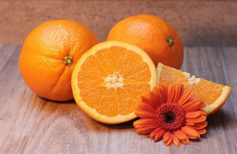Uno de los significados del color naranja es la salud y esto se debe a su relación con los cítricos