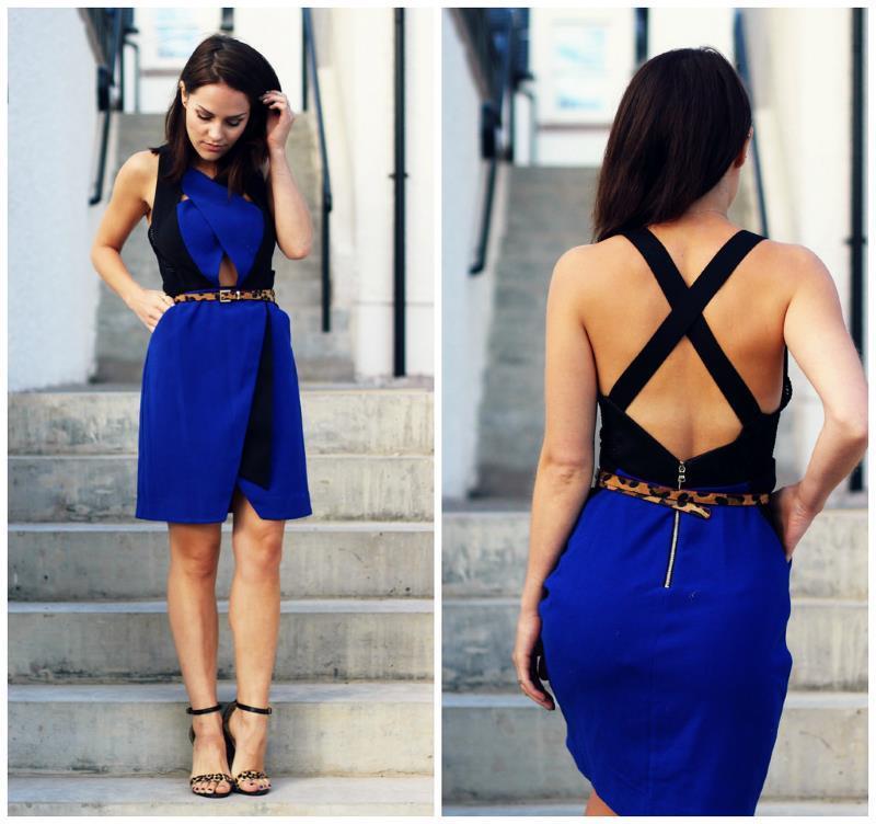 ejemplo de vestido de color azul cobalto