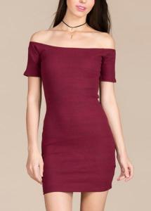 el color conchevino es muy habitual en vestidos