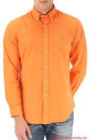 el naranja fluorescente se utiliza especialmente en moda