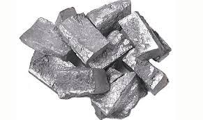 este mineral llamado zinc da nombre al color